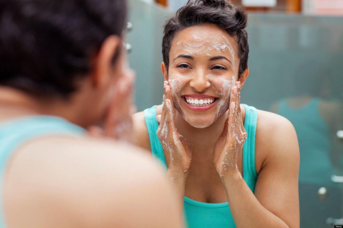 Tips : Langkah-langkah Cuci Wajah yang Benar Untuk Mencegah Jerawat